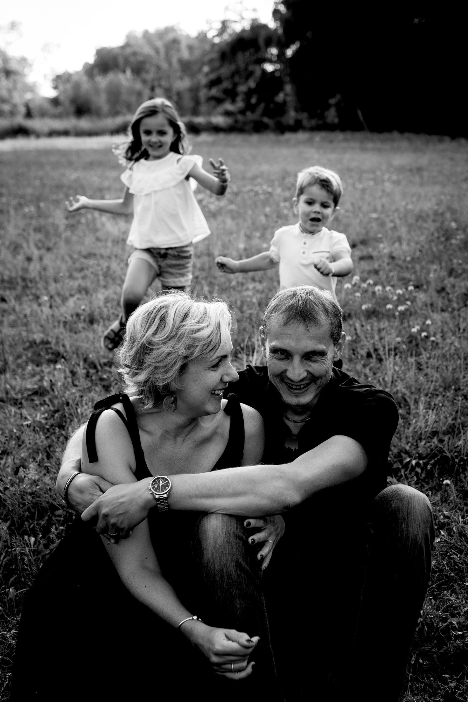 séance photos en famille enfant campagne été haguenau